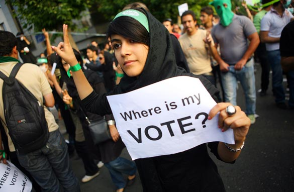 iran-protest-woman-getty-gal